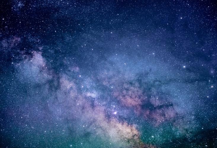 Het Universum staat achter je